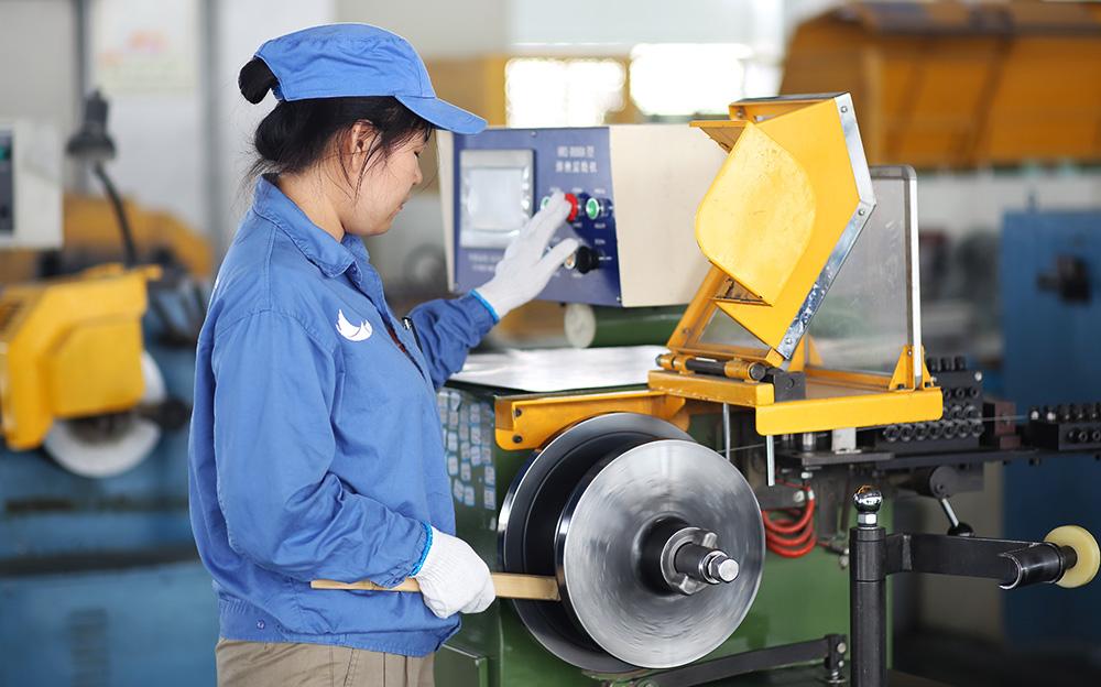 多品種、多規格精品絲材制造技術
