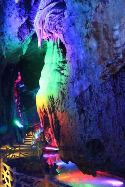 貴州九仙洞燈光設計施工