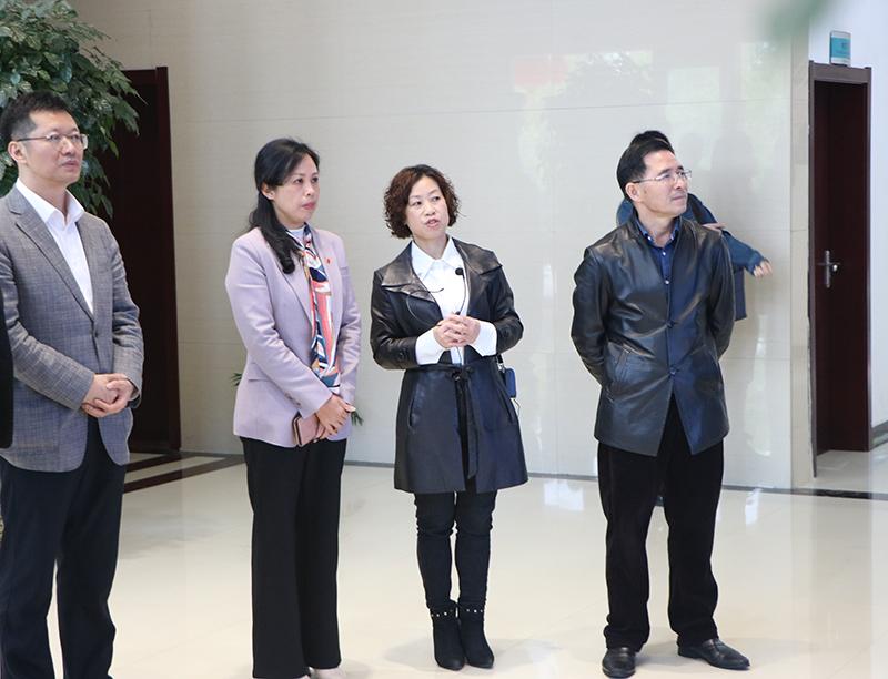 广东省吉安商会返乡投资考察团莅临维莱营健参观考察