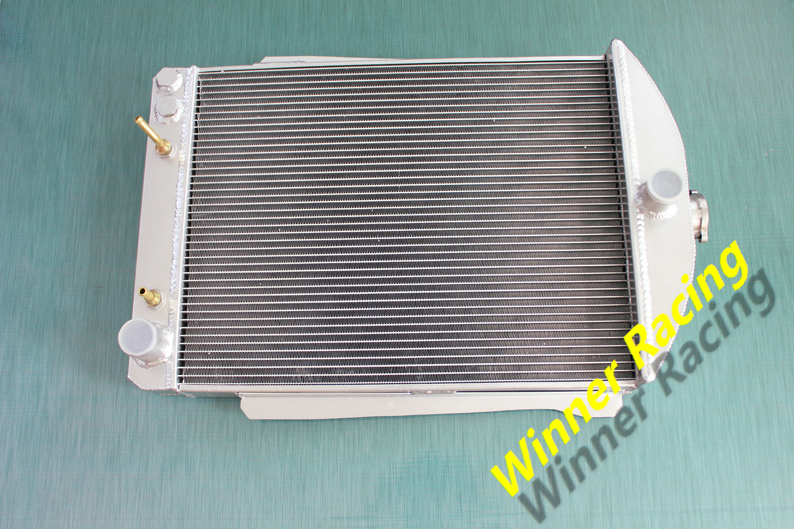 70MM CORE ALUMINUM RADIATOR FOR CHEVY CAR STREET ROD AUTO 1940 -1941