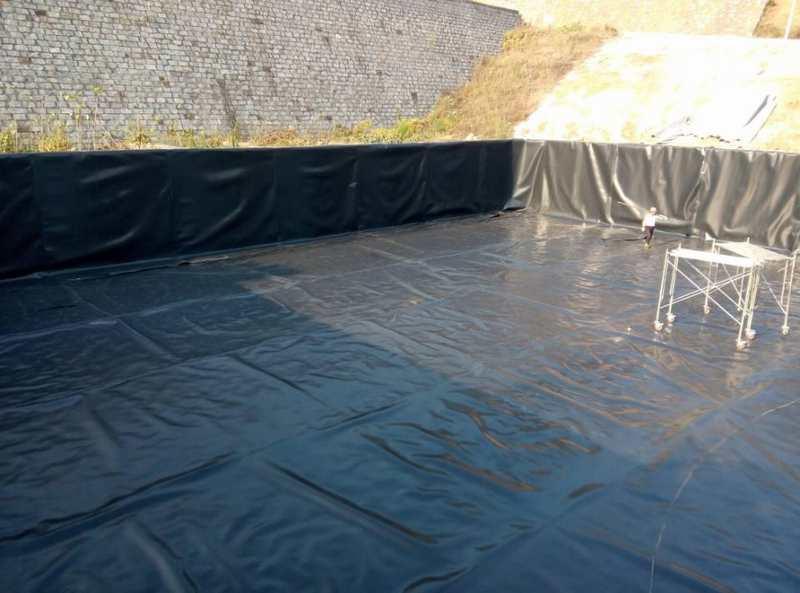 防水板土工膜防水材料专用污水池建设应用