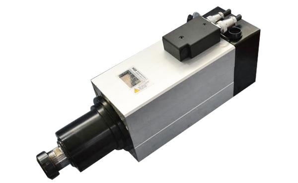 主軸和軸承誤差是影響電主軸旋轉精度的主要因素