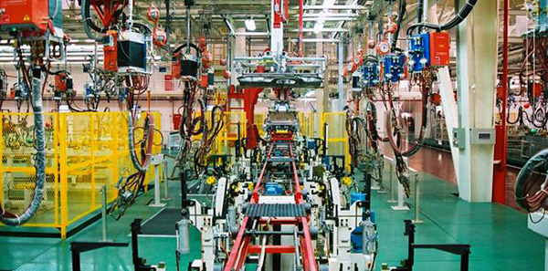 CM8汽車焊接生產線