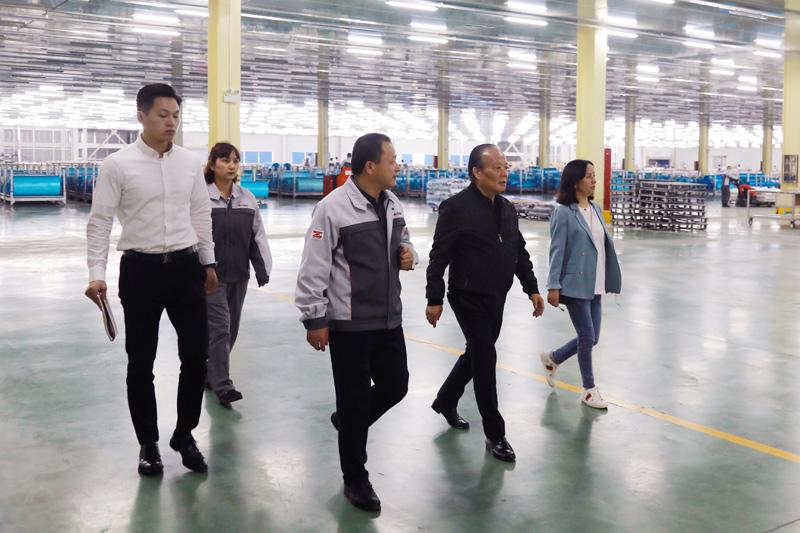 集团董事局主席张毓强、总裁张健侃 带队赴恒石、华美开展现场管理检查
