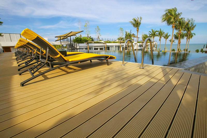 Swimming Pool Waterproof WPC Decking/ Flooring