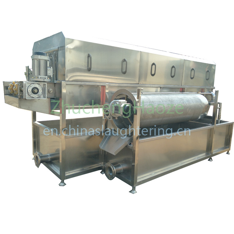 Poultry cage cleaning machine