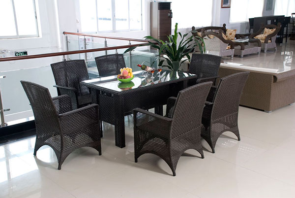 OUTDOOR DINING SET