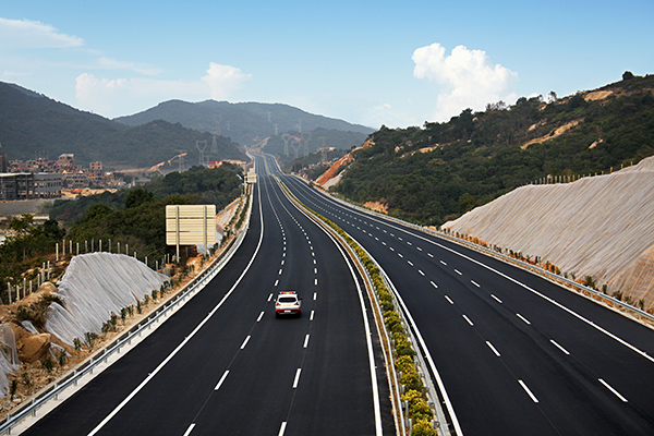 福建泉州南石高速路面
