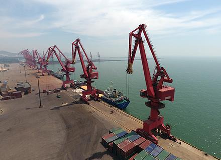 港區總體規劃自然岸線4.2公里,港口岸線9.2公里