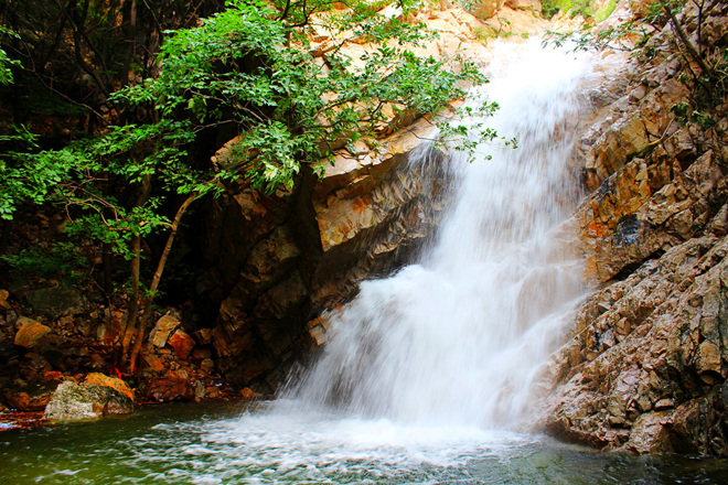 The charm of pear Mutai - Huang La waterfall