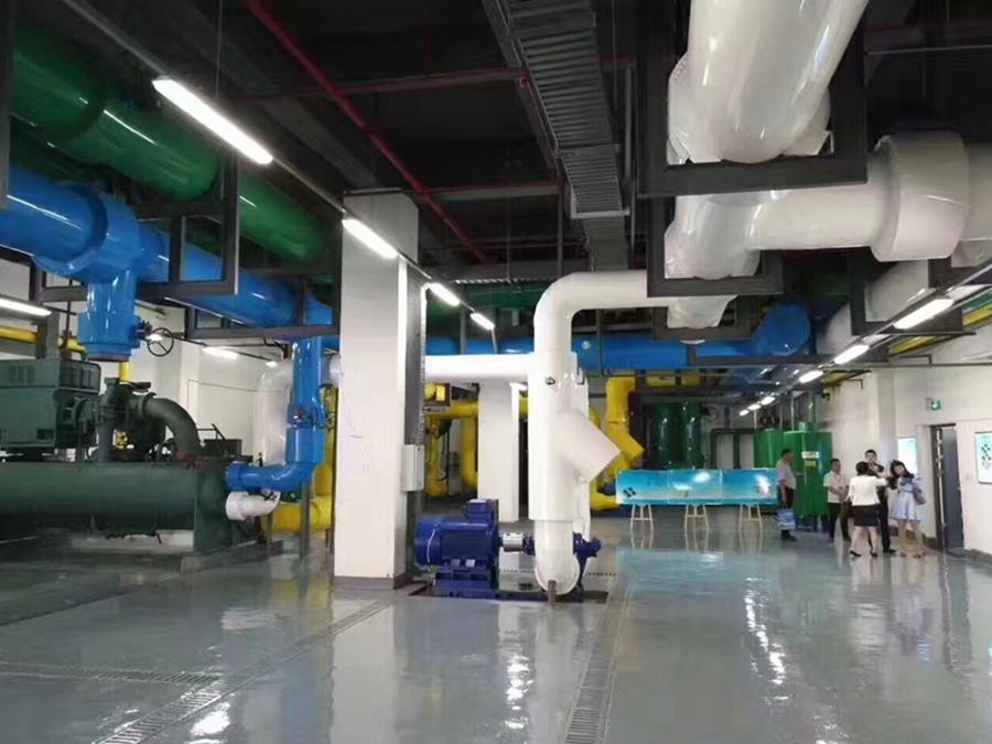 螺桿機中央空調系統+多靈水處理系統