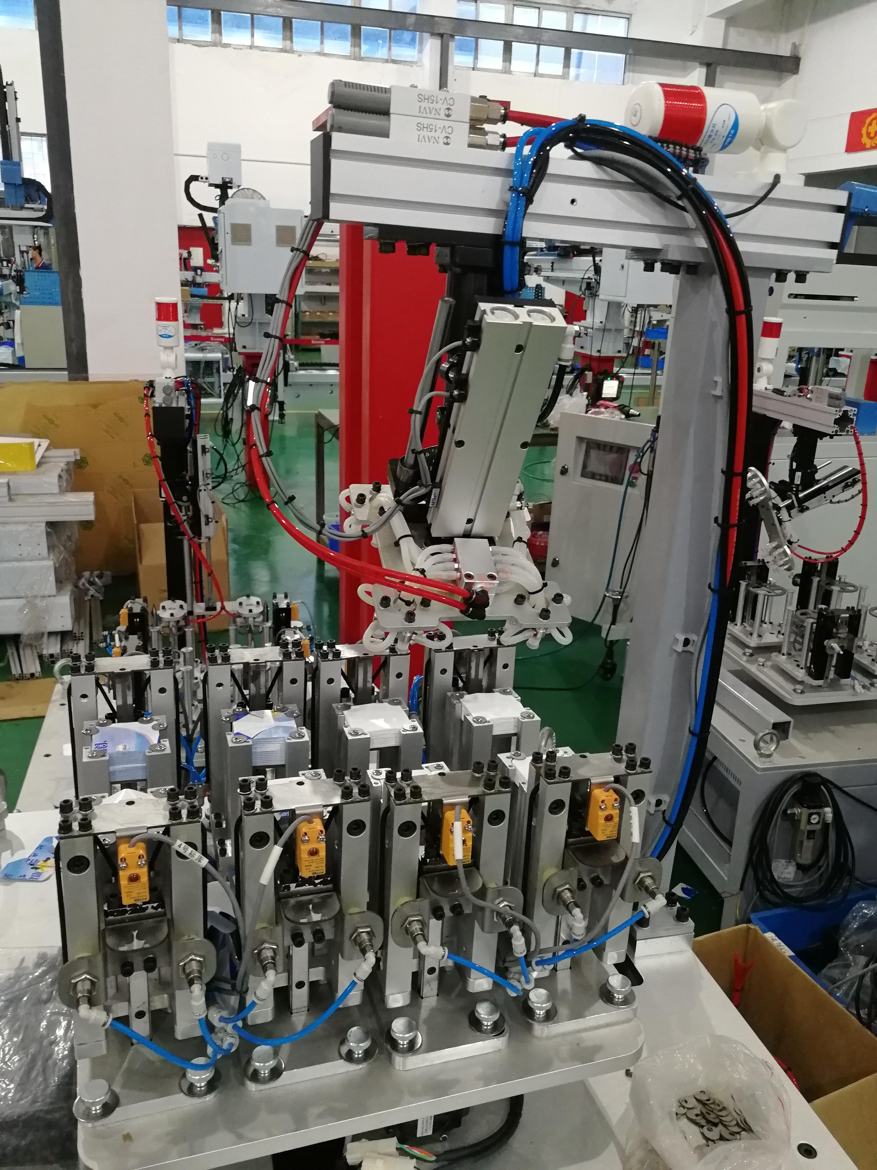 机械手治具-注塑自动化-顶入式模内贴供标治具-机械手治具定制