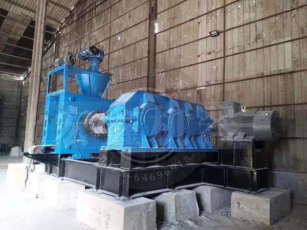 宏鑫礦業高壓壓球機發貨 安裝現場展示