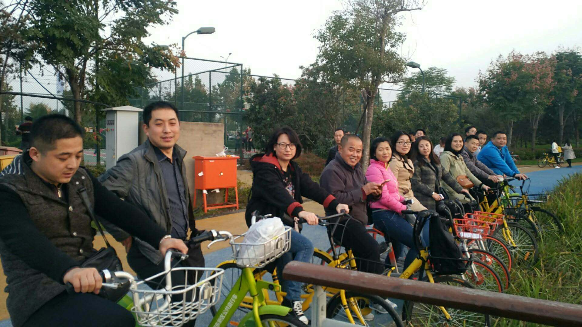 共創綠色出行,倡導健康生活 ——記新正好公司騎行活動