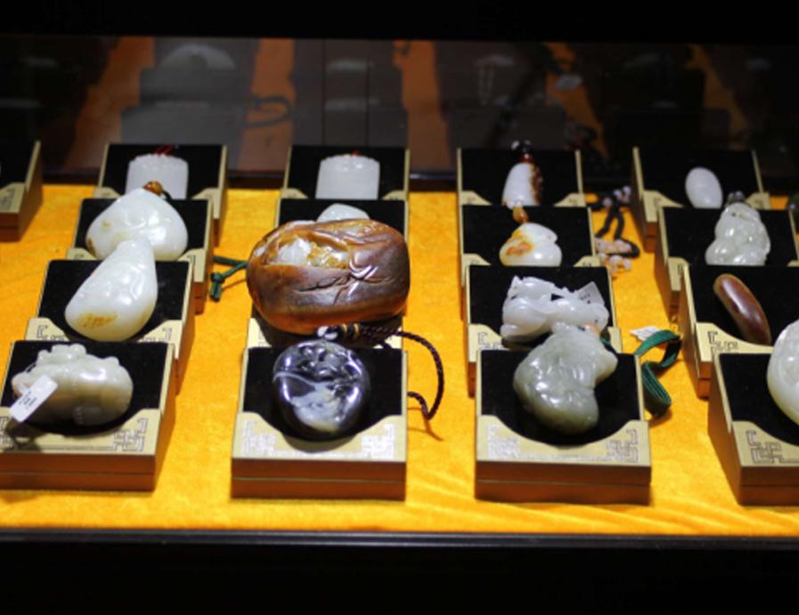 中國創新設計文化展暨2017中國(青島)工藝美術博覽會珠寶展區亮點多多