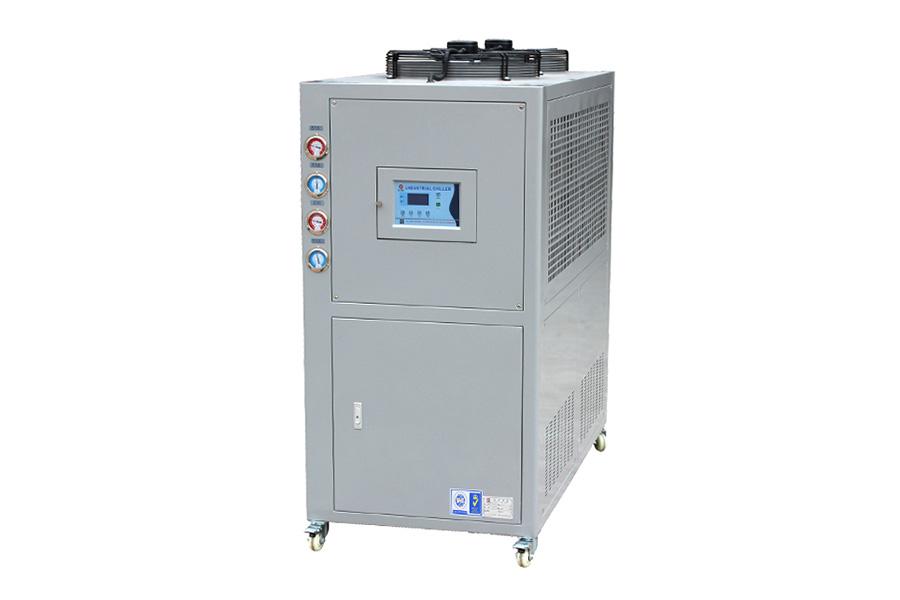 低溫(風冷式)冷水機