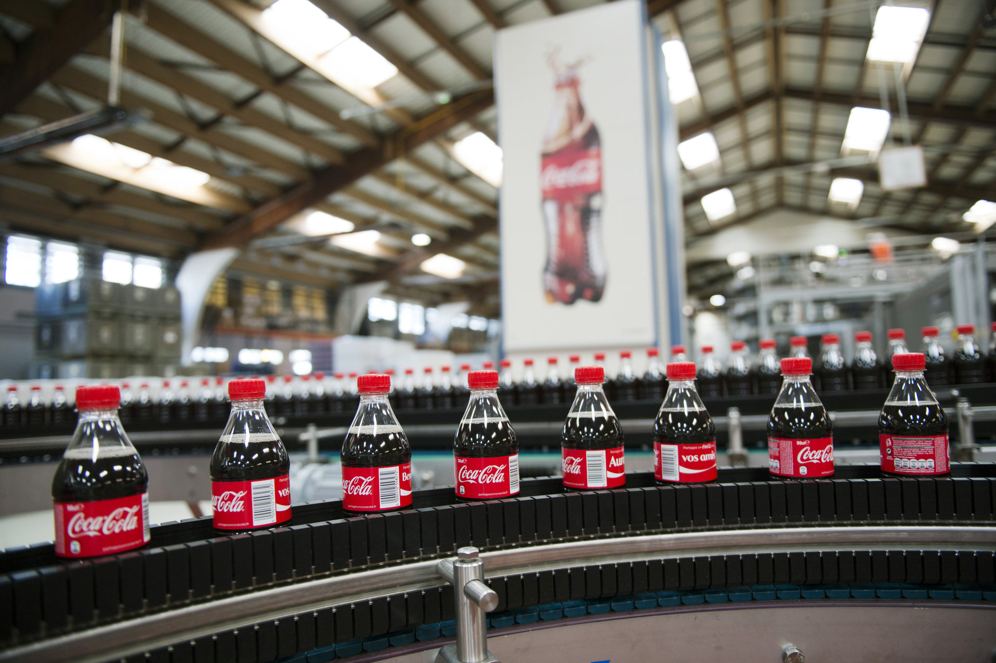 Hope Deepblue won the bid for Coca-Cola Italia, a major breakthrough in the success of central air conditioning in the Fortune 500.