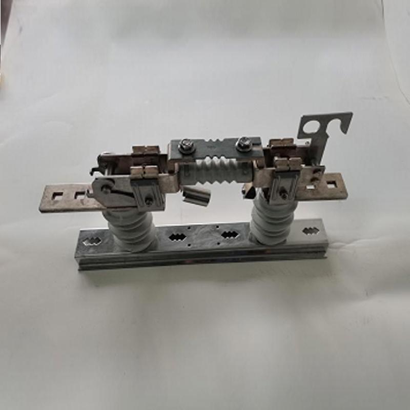0.5kV雙柱低壓熔斷器式隔離開關