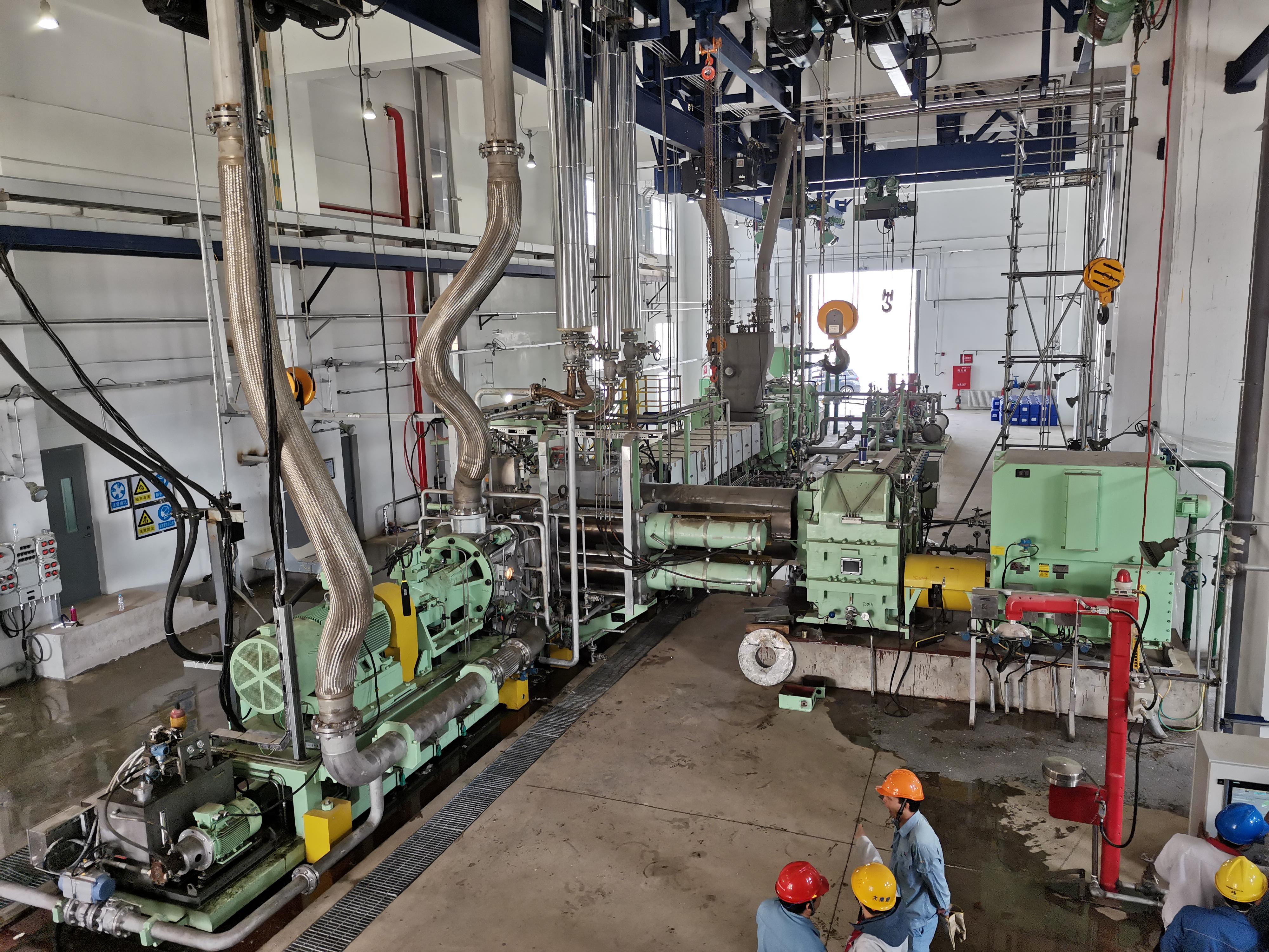 向建黨100周年獻禮!大橡塑研制的20萬噸/年聚丙烯擠壓造粒機組在天津石化試車成功