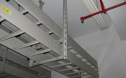 電纜橋架和管道架設的特點