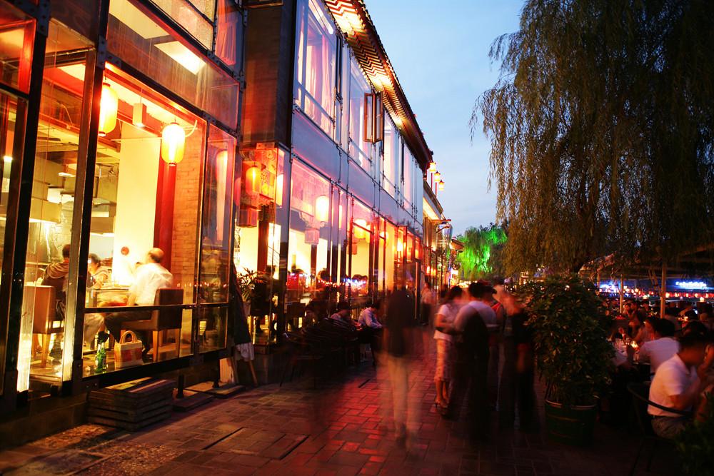 前三季度四川餐飲收入下降15.2%