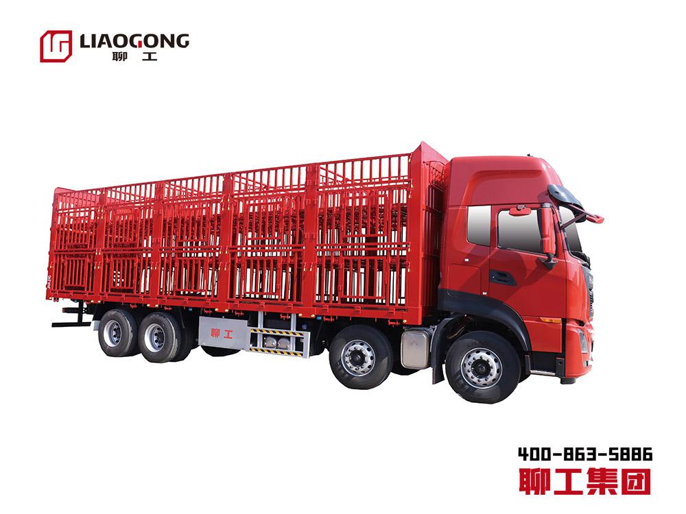 畜禽運輸專用車  豬牛羊運輸