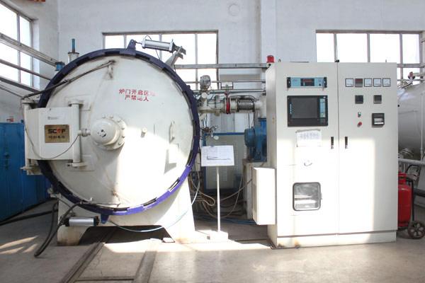 VGQ-150-10型单室真空气淬炉
