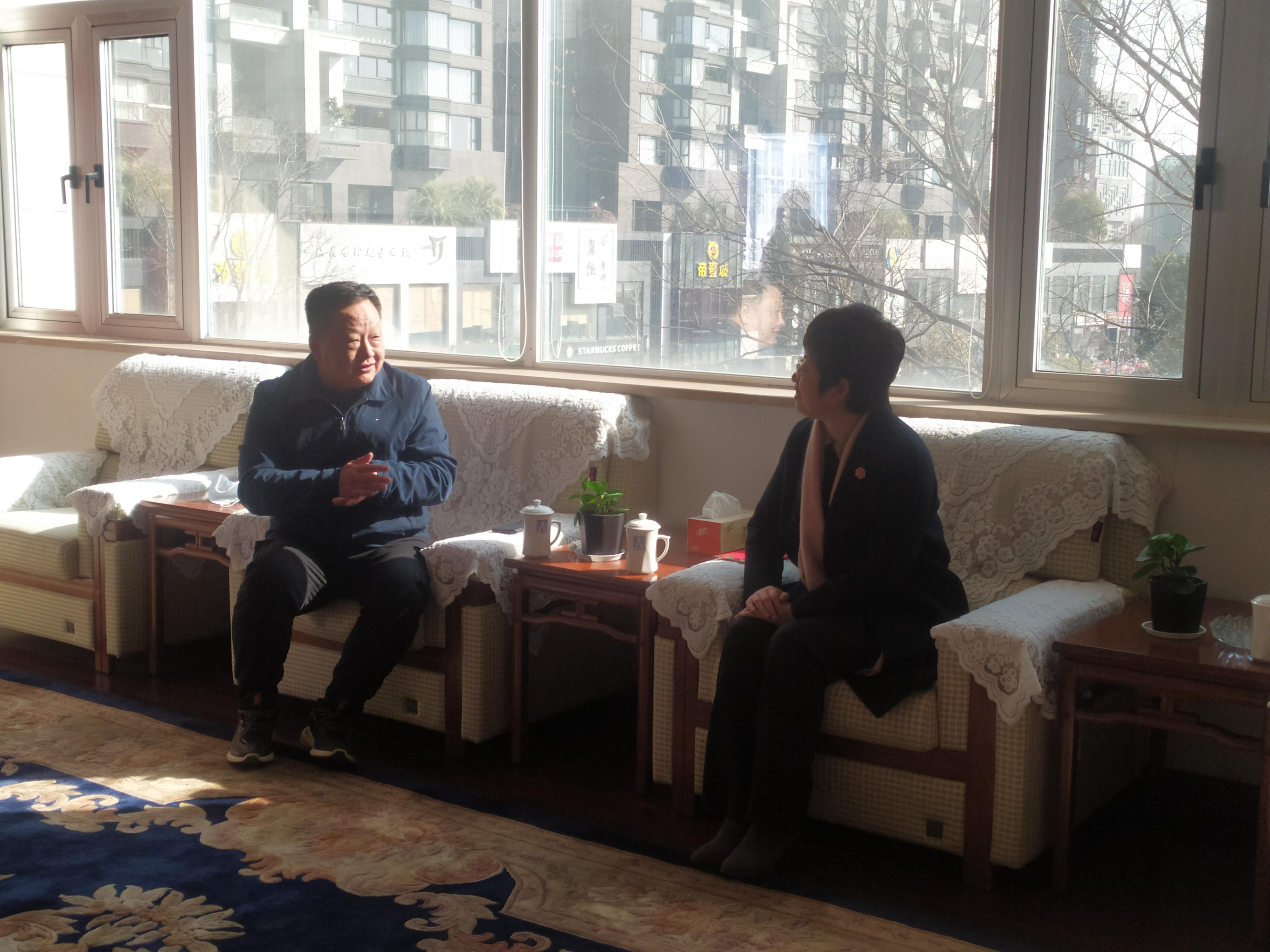 婺城區委書記慰問拔尖人才 感謝尖峰對金華經濟的貢獻