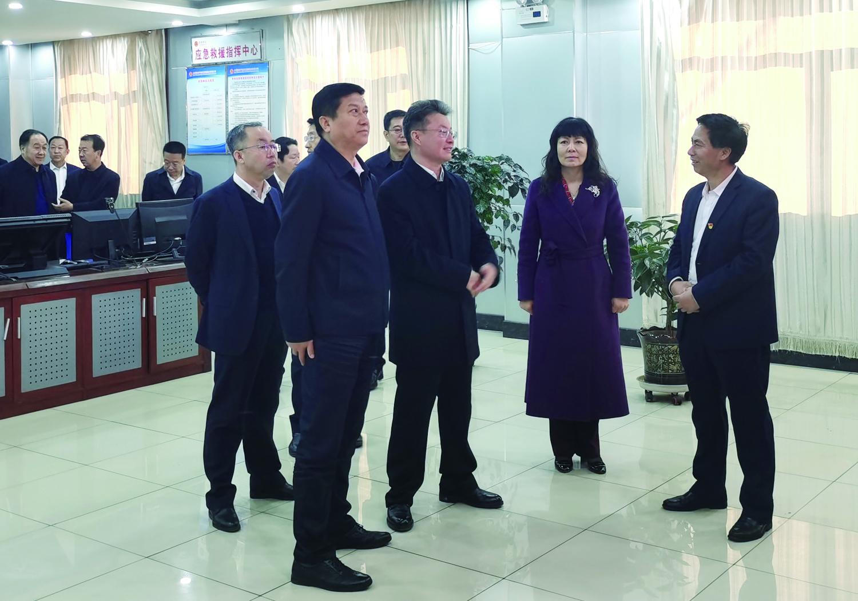 区委书记马占文带队深入易顺煤业调研