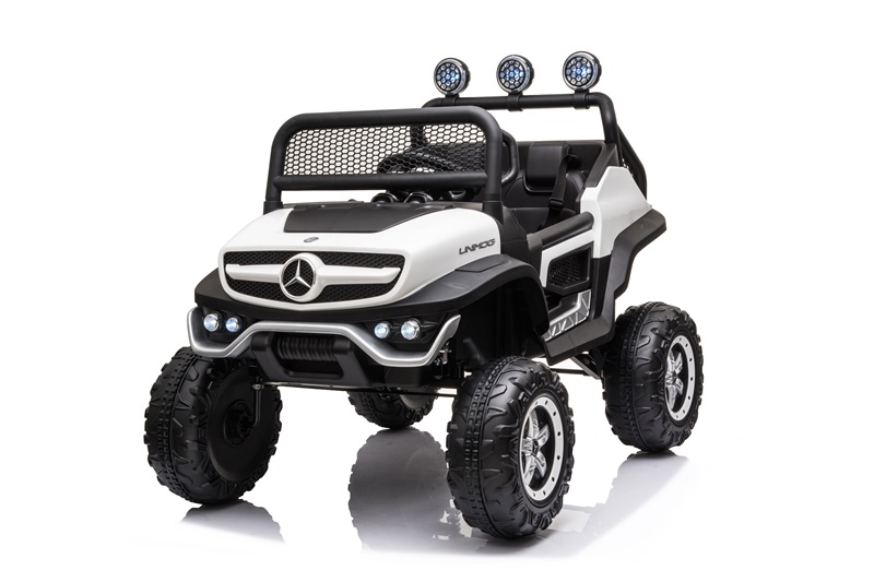 UNIMOG(small) (Injection White)