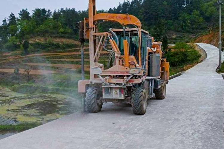 貴陽市-烏當區 累計完成波形護欄工程50余公里