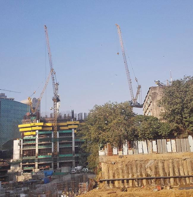 GL25/30在印度孟买