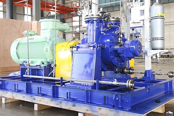 SBR徑向剖分單、兩級離心泵(API610/BB2型式)