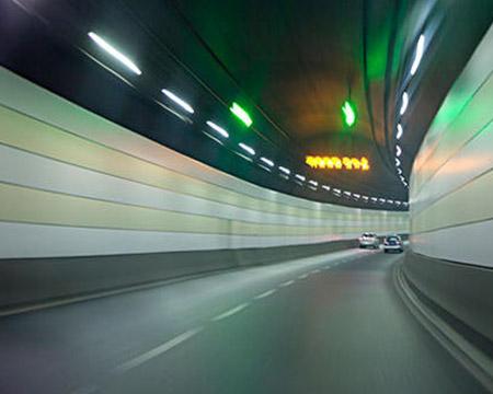 地下隧道裂縫