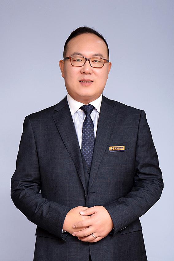 重慶分公司總經理 王勇