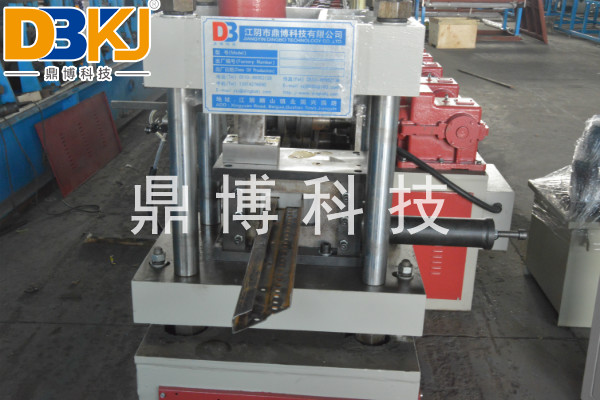 8MF/GGD型材设备