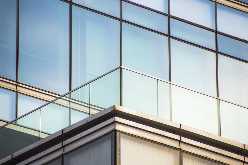 生活中防爆玻璃和鋼化玻璃有什么區別