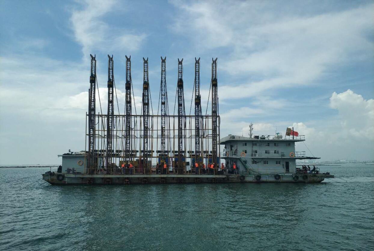 廣西天盛港務有限公司碼頭港池和調頭地淺點炸礁疏浚