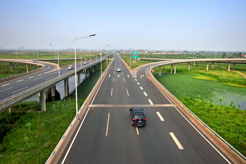 武漢新區梅子路道排工程
