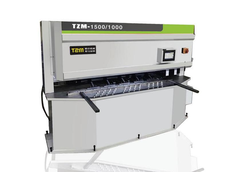 TZM小型數控開槽機