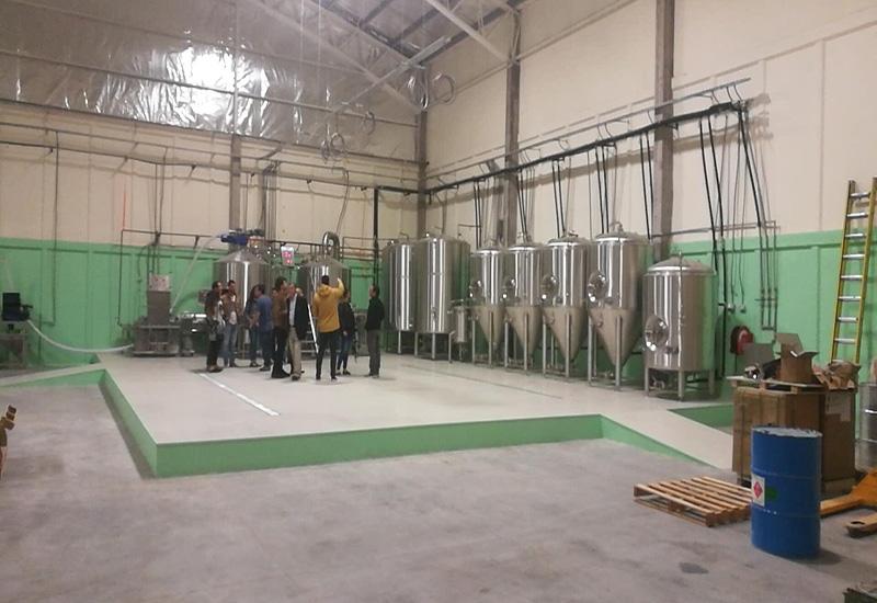2017年9月 智利2000L精釀啤酒交鑰匙工程完成安裝