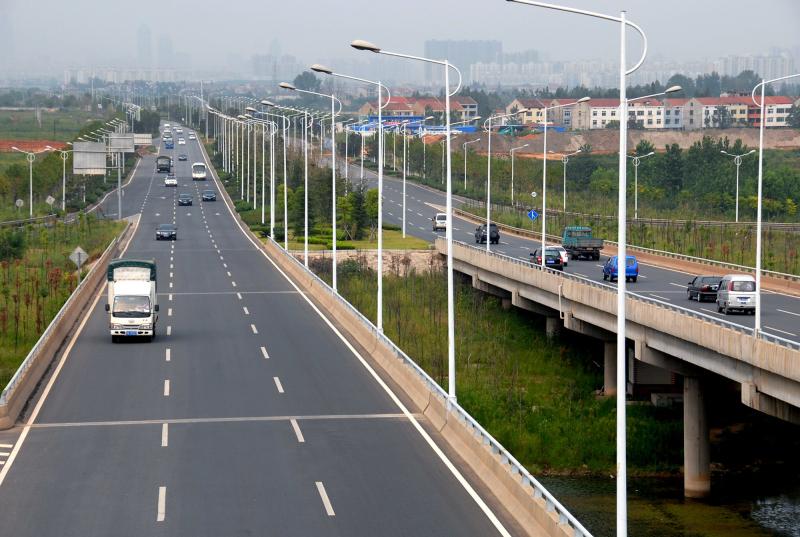 武漢江城大道道排工程(中國市政金杯示范工程)
