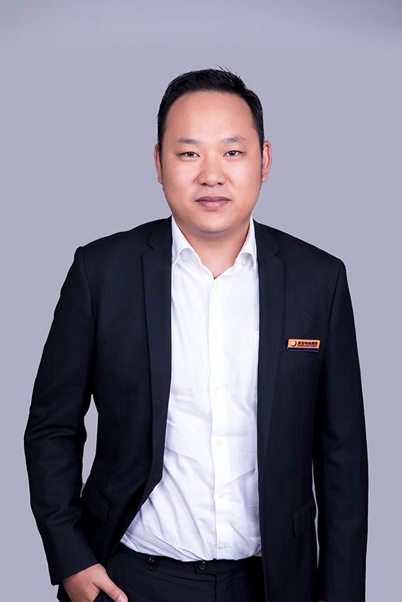 云南市場部總經理 任金鑫