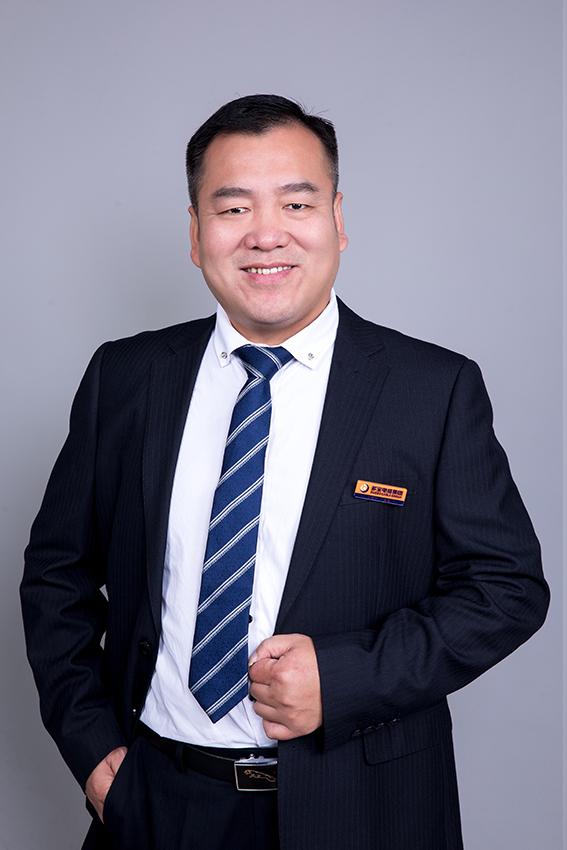 總裁助理 云南大客戶總監 陸保立