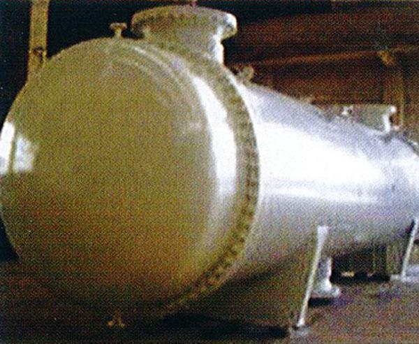 各種非標壓力容器及塔器