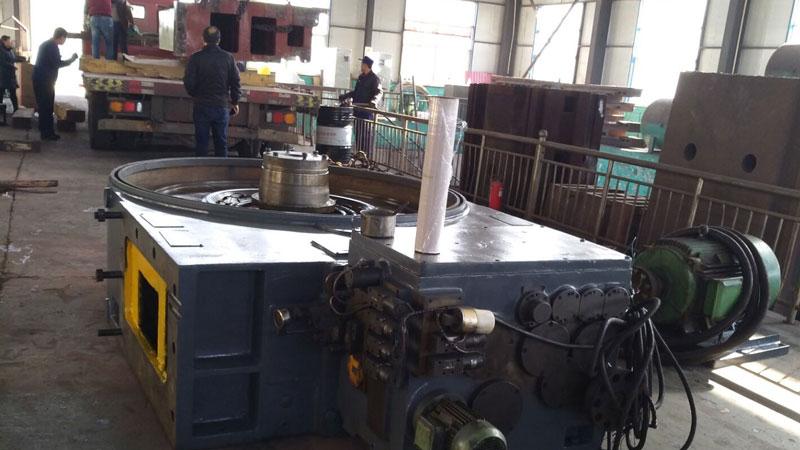 無錫客戶追加4米重型數控立式車床發貨