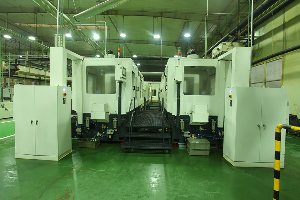 Full automatic special milling machine for blades