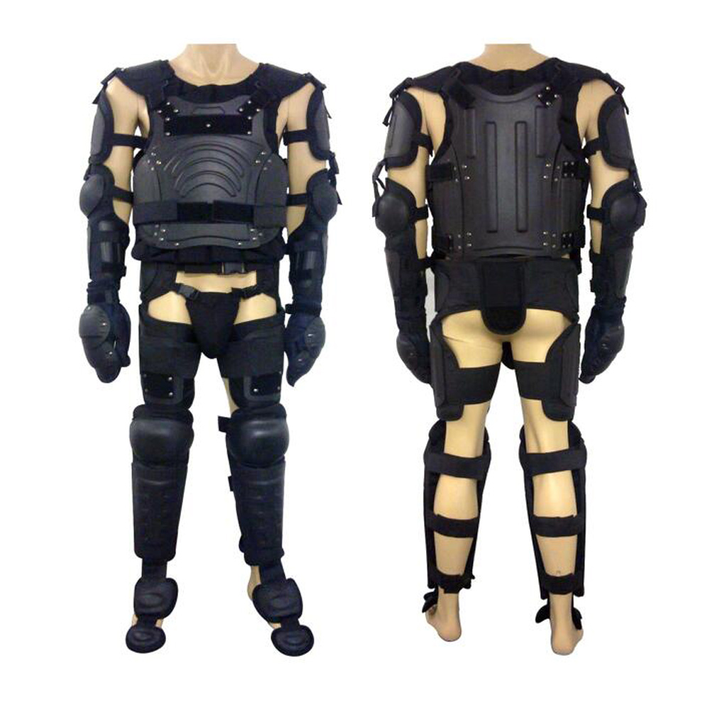 Riot control suit / body protector