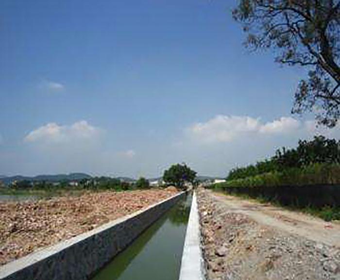 房縣軍店鎮向家灣何家堰排灌一體渠工程
