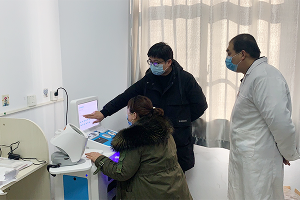 健康小屋案例   HW-V6000智能体检一体机助力基层医疗
